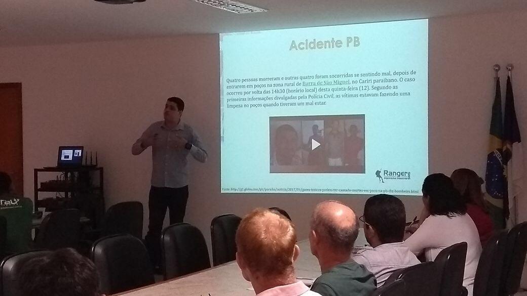 Nosso diretor comercial Augusto Santos
