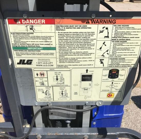 Painel de instruções da plataforma elevatoria JLG
